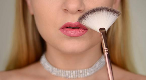 Fakty i mity na temat makijażu.